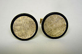 Vintage 14k Gold And Onyx Toggle Back 