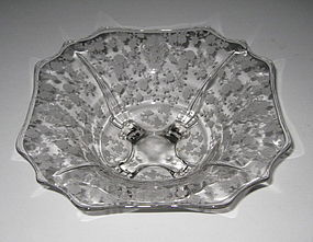 "Cambridge ROSE POINT #3400/4 12"" 4 Toed Bowl, Flared"