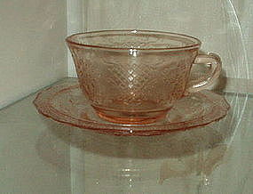 Federal NORMANDIE Cup and Saucer Set, Pink