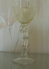 Cambridge Statuesque #3011/9 3 oz Cocktail Stem, Yellow