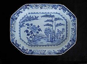 Blue and white Chinese Export octagonal deep platter