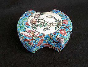 Longwy lidded box