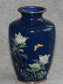 Fine Japanese Cloisonne Enamel Vase