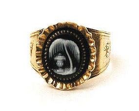 Hardstone Cameo Mourning Ring, 1841, 18k