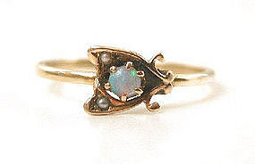 Charming Antique Opal & Pearl 14k Ring, Fly!!