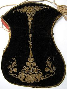 18th C Velvet Purse, Metal Thread Embroidery