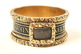 Superb Georgian Mourning Ring for Baronet