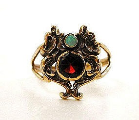 Stunning Arts & Crafts Gold & Gemset Ring