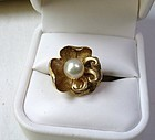 Antique Art Nouveau 14k gold pearl flower ring