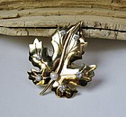 Retro 14k gold diamond pearl leaf brooch pin