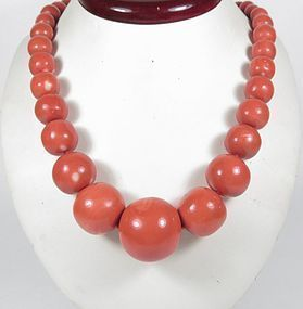 Huge natural Chinese Momo coral bead necklace 157 grams