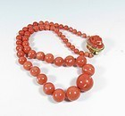 Vintage Estate 14k gold natural Momo coral bead necklace