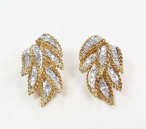 Estate 18k yellow gold. 1.8ctw diamond clip on earrings