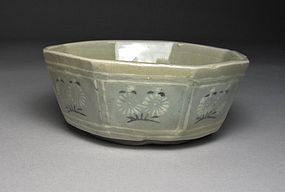 Finely Inlaid and Molded Celadon Octagonal Bowl-13th C.
