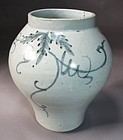 Very Fine/Rare  Blue and White Grape Vine Painted Jar-19th C.