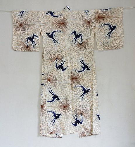 Japanese Vintage Textile Cotton Woman's Kimono with Swallow Motif