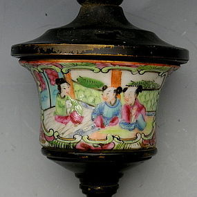 Rose Mandarin Porcelain Bronze Gas Wall Lamp