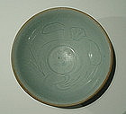 Chinese Yuan Bowl with Bird and Lotus Flower