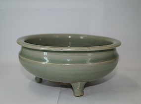 Rare Yuan - Ming dynasty longquan celadon large censer