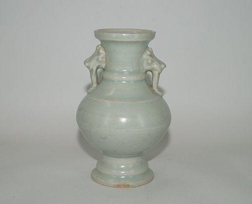 Rare Song dynasty qingbai vase with Dragon face ears