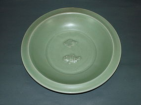 Rare Song Yuan longquan celadon no tail fish large dish