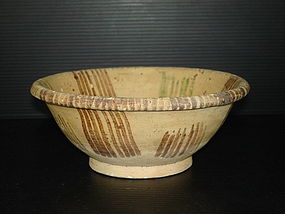 Tang dynasty green and brown color deep bowl