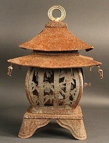 Very Rare Double Roofed Water Viewing Lantern