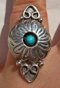 Old Navajo Sterling Silver Turquoise Ring Signed