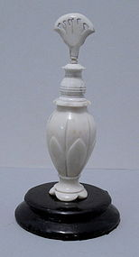 Beautiful Antique 19th Century Ivory Scent/Snuff Bottle