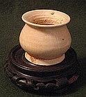 Tang Dynasty Straw Glazed Bird Feeder  Rare