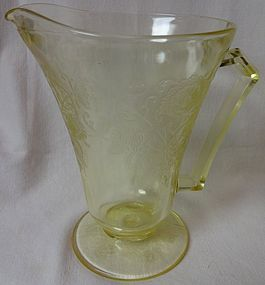 "Florentine Number 2 Yellow Pitcher 7.5"" 28 oz Cone Hazel Atlas Glass"