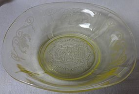 "Lorain Yellow Cereal Bowl 6"" Indiana Glass Company"