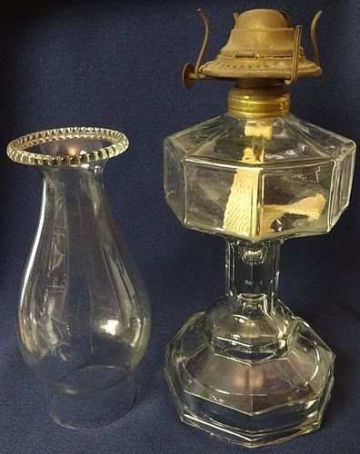 Octavia Crystal Oil Lamp with Chimney 16.5""