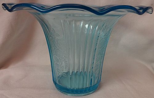 "Mayfair Blue Sweet Pea Vase 5 5/8"" Hocking Glass Company"