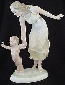 Charming Hutschenreuther Mother and Child