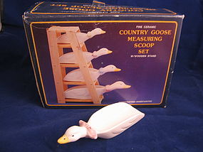 Goose Measuring Scoop