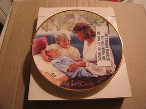 Avon Mother's Day Plate 2000