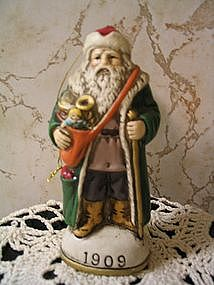 Christmas Reproductions, Inc. Figurine