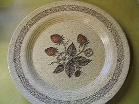 Homer Laughlin Strawberry Plate