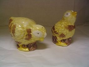Wilton Court Chicken Salt & Pepper Shakers