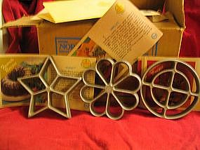Vintage Nordic Ware Rosette Forms