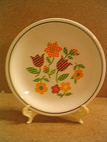 Taylor Smith Taylor Gingham Garden Plate