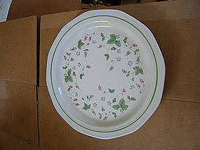 Mount Clemens Wild Berry Plate