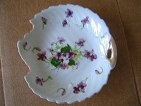 Saji Violets Dish