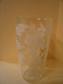 White Leaves Tumbler