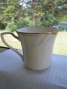 Noritake Golden Lily Cup