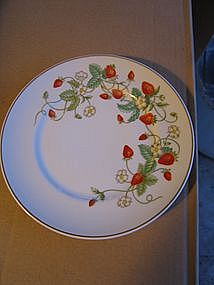 Avon Strawberry Plate