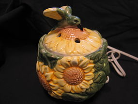Hummingbird Sunflower Potpourri Burner