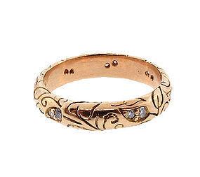 18K & Diamond Foliate-Engraved Band Ring