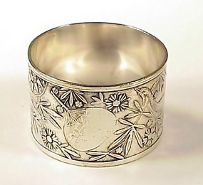 Victorian Arts & Crafts Silverplate Napkin Ring